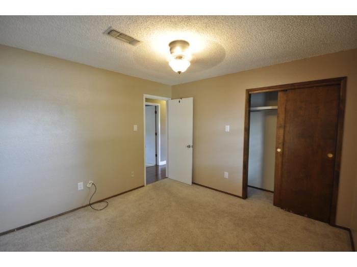 3724 Tom Watson, Clovis, NM 88101 Military Housing   AHRN