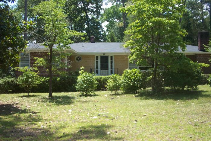 4140 Hickory St, Columbia, SC 29205 Military Housing | AHRN