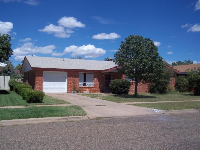 912 W  Yucca, Clovis, NM 88101 Military Housing   AHRN